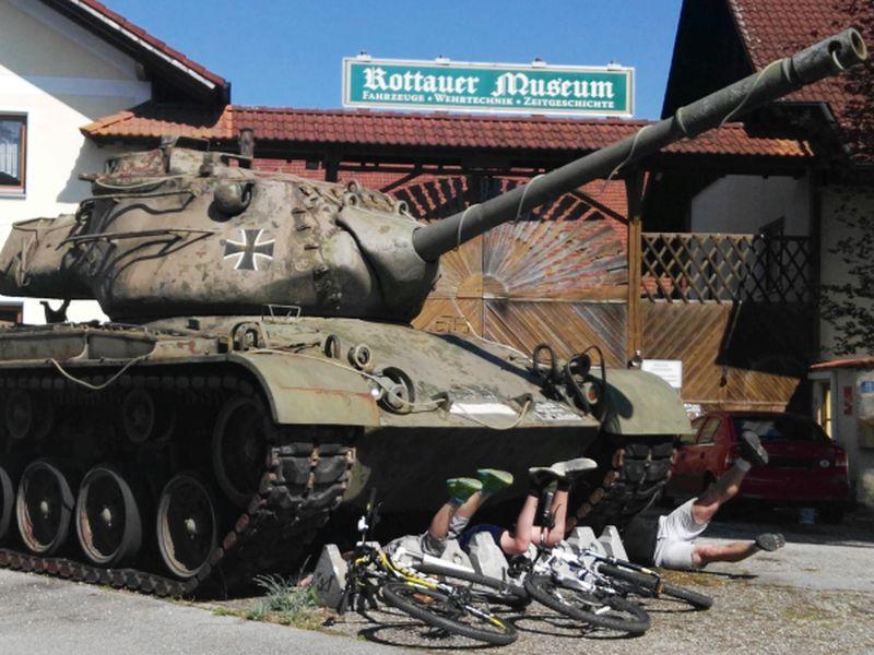 D_NIederbayern_Golfodrom_DasLudwig_RottauerMuseum