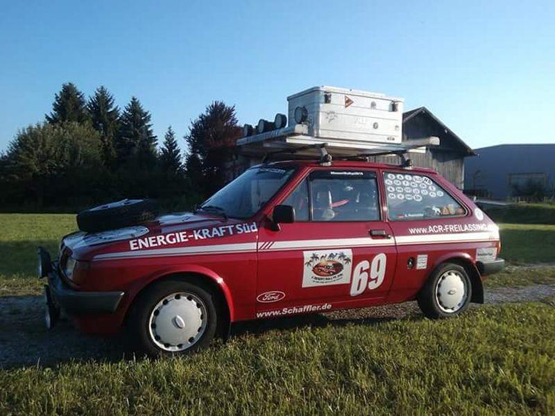 Desert-Rallye_Fiesta_Steve_Fahrzeug